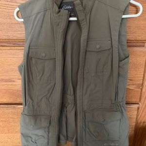 Eddie Bauer Travex Vest, size small